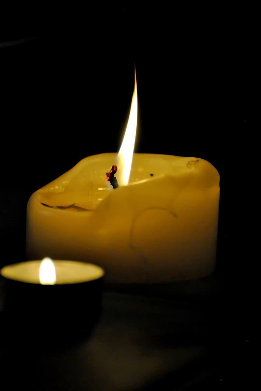 05-_-www-mydailyspanish-com-two-candles_
