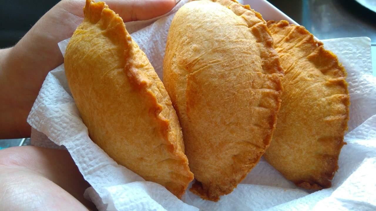empanadas-3412786_1280